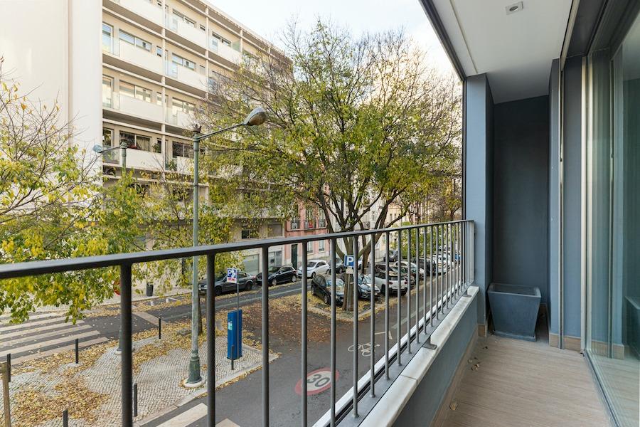 Arrenda Avenidas Novas T3 com terraço
